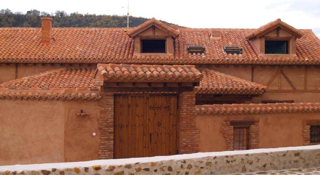 Hotel casa de barro matarrubia including reviews for Booking casas