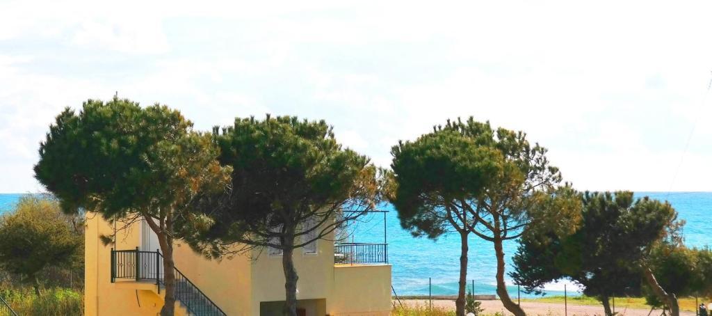 <div data-et-view=NAFQCDCcdXDPdFO:1</div Navarino Villas by Xenia Resorts