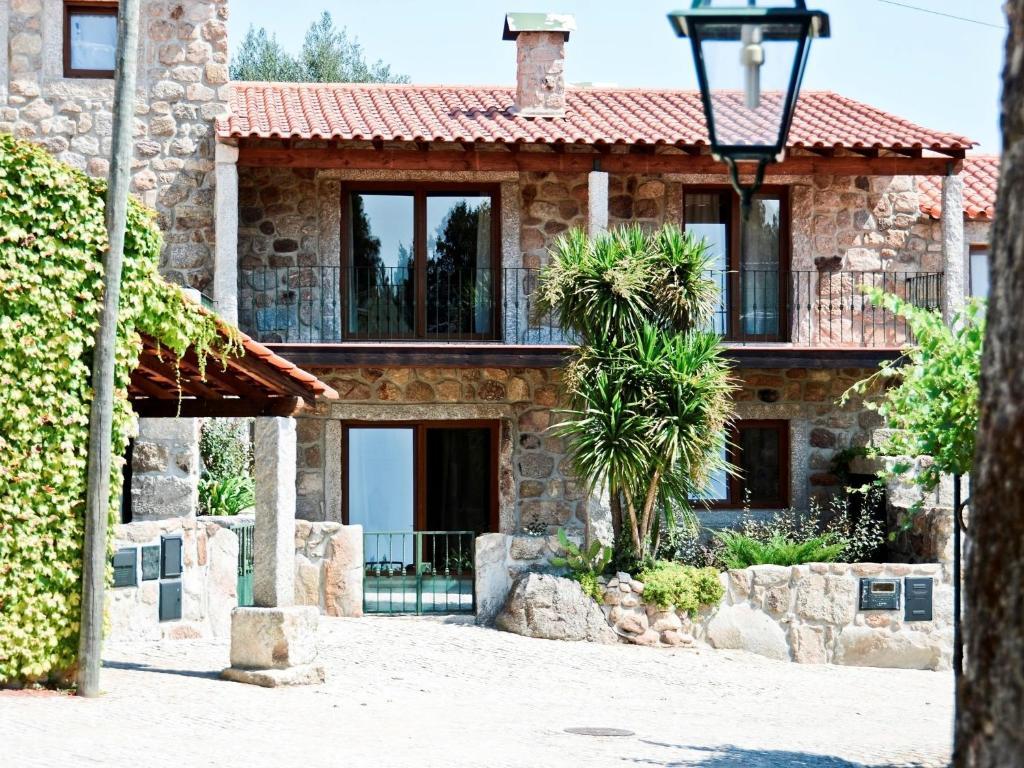 Casa de temporada casa da varanda portugal povolide for Booking casas