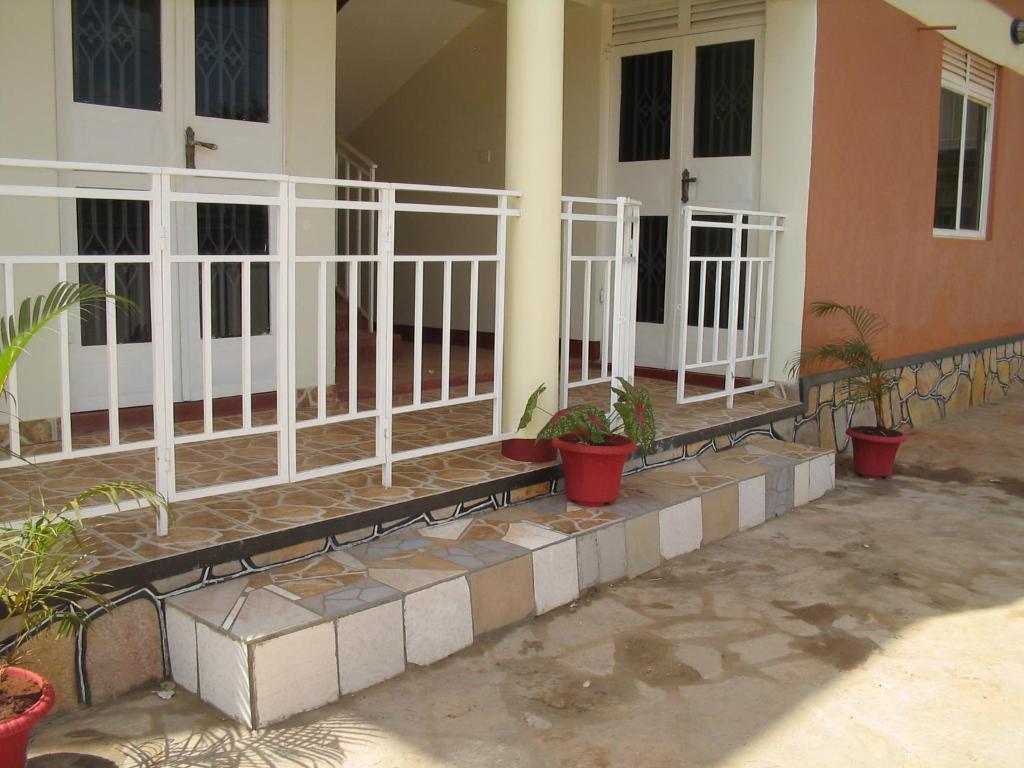 City Holiday Cover Apartments - Nsambya