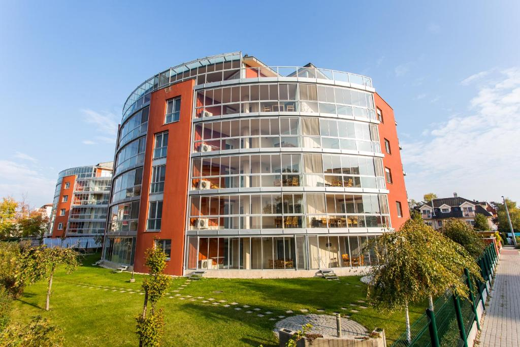 Luxury apartment hotel si fok hungary for Appart hotel urban lodge chaudfontaine
