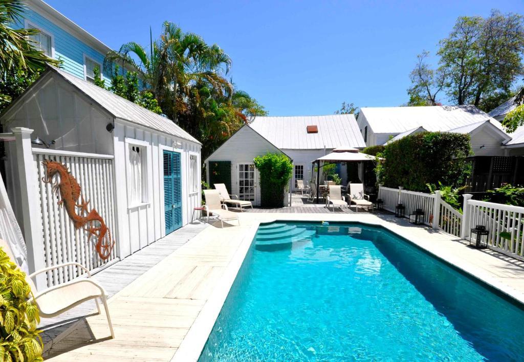 Vacation home elizabeth retreat key west fl for Key west retreat