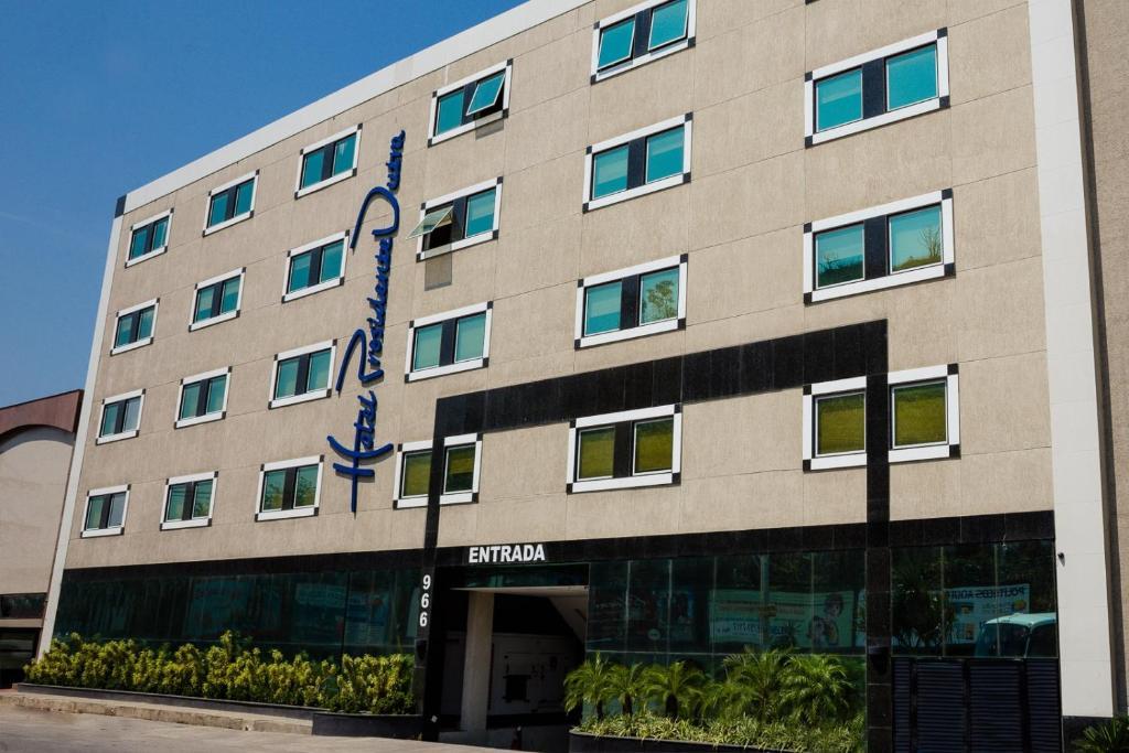 Resultado de imagem para hotel presidente dutra