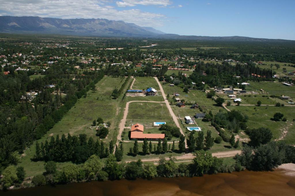 Una vista aérea de Atahualpa mi Posada