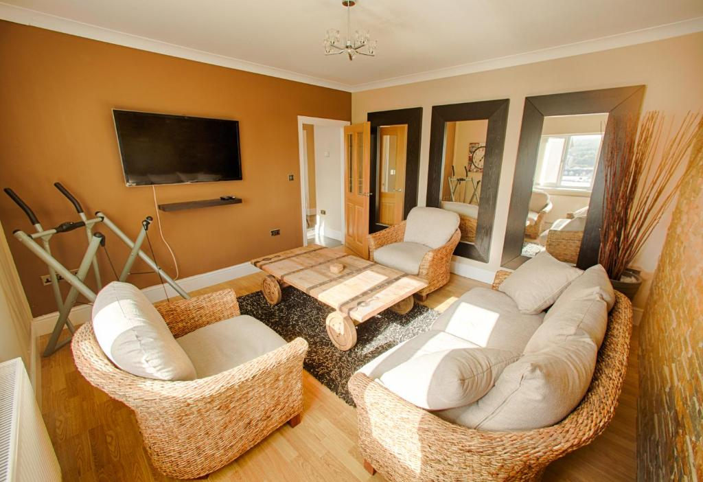 Luxury Model Home Sandbrook Villas Merthyr Tydfil Uk