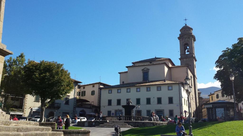 Appartamento casa anita italia castel del piano for Piano del sito di casa