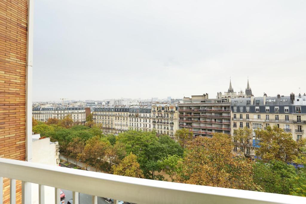 Apartament elegant f2 avec balcon richard lenoir fran a for Hotel boulevard richard lenoir paris