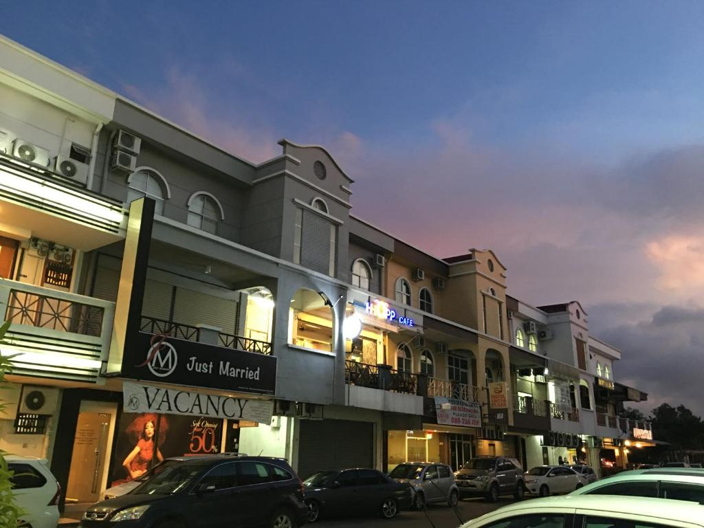 lintas plaza hotel kota kinabalu malaysia booking com rh booking com