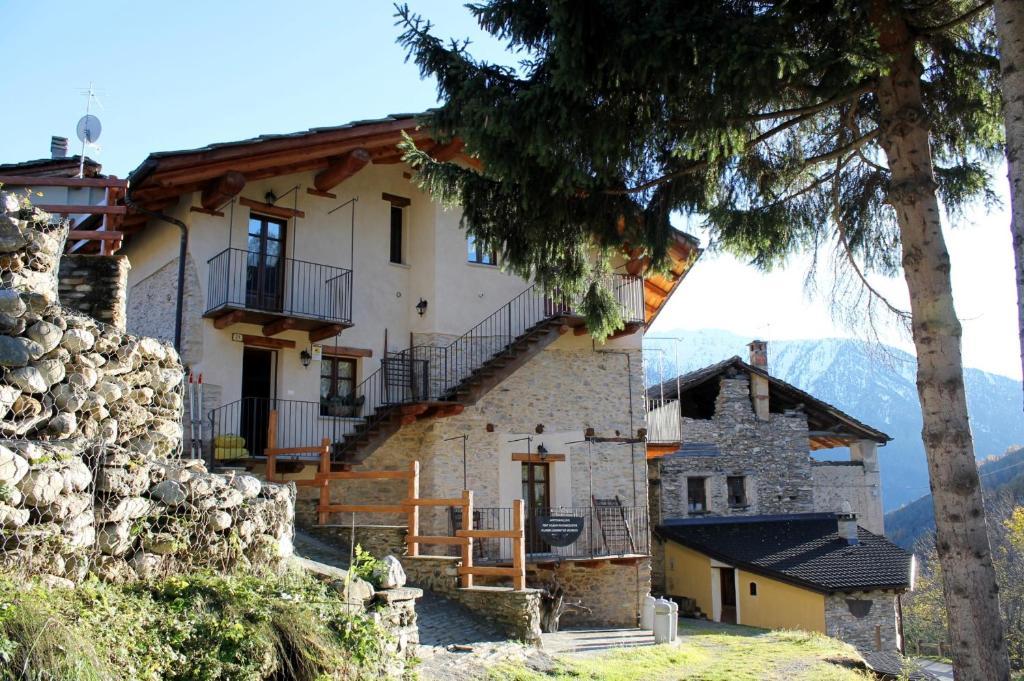 Apartamento Casa Stella Alpina (Itália Cesani) - Booking.com