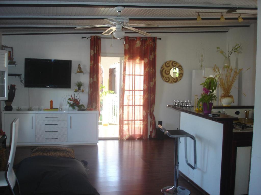 Casa De Vacaciones La Cr Ole Zen Guadalupe Petit Bourg Booking Com # Muebles Petit San Cristobal
