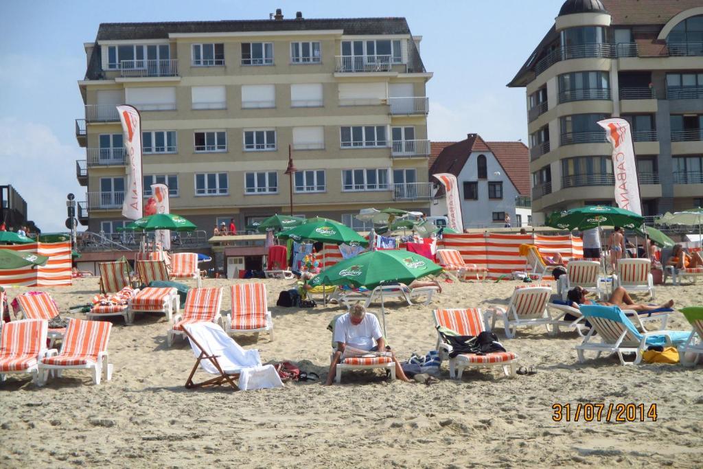 Ferienwohnung maison blanche belgien de haan for B b maison rabelais de haan