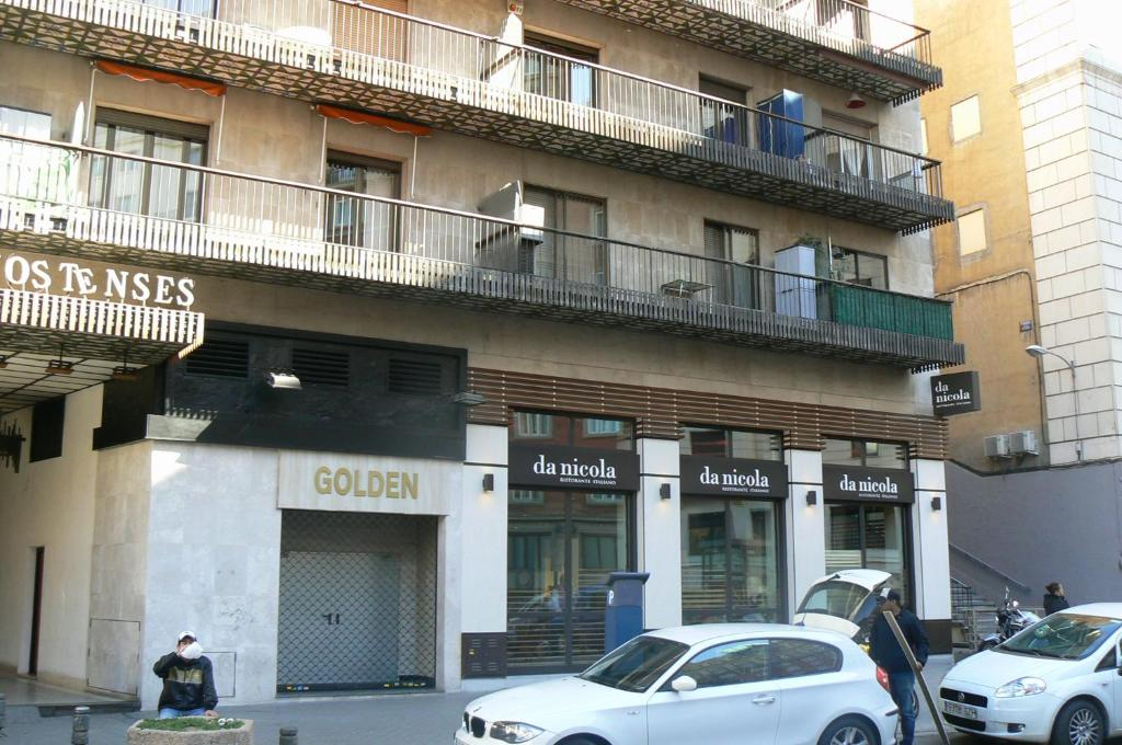 Plaza de los mostenses apartment madrid spain for Appart hotel madrid