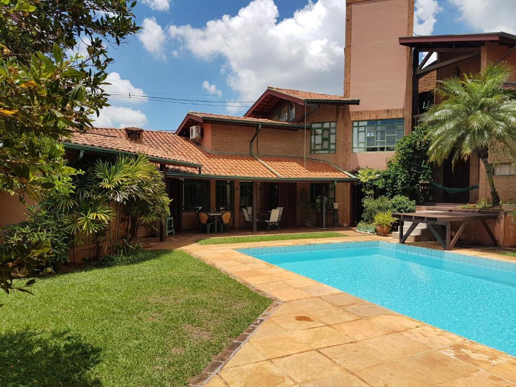 Casa de temporada casa com piscina unicamp brasil for Piscinas para casas