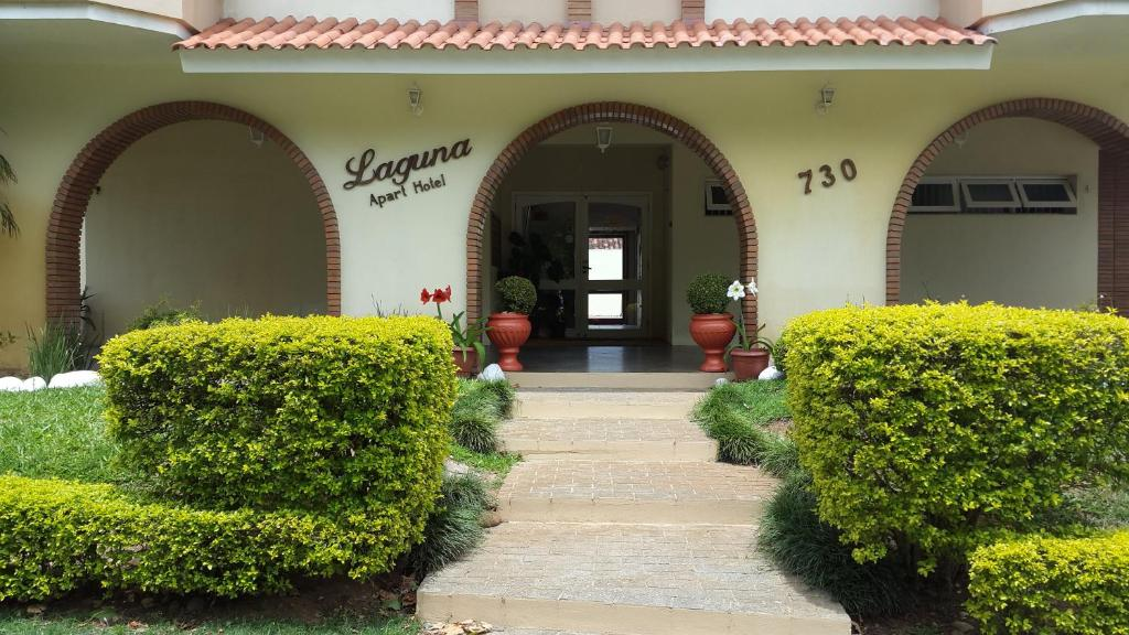 <div data-et-view=NAFQCDCcdXDPdFO:1</div Laguna Apart Hotel