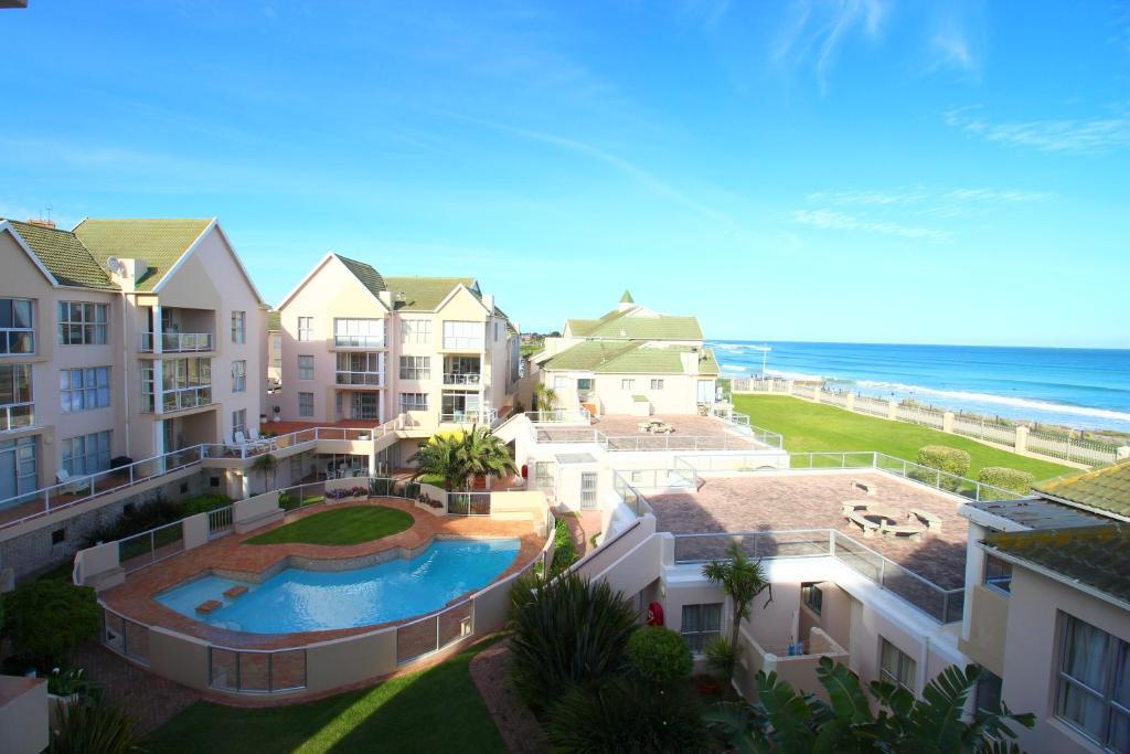 Apartment summerseas 42 port elizabeth south africa - Beach hotel port elizabeth contact details ...