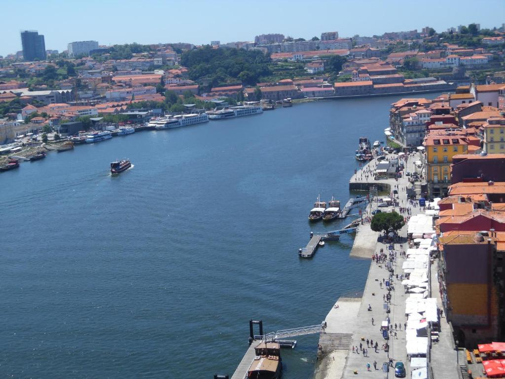 Apartamento centro historico de oporto porto incluindo avalia es - Booking oporto apartamentos ...