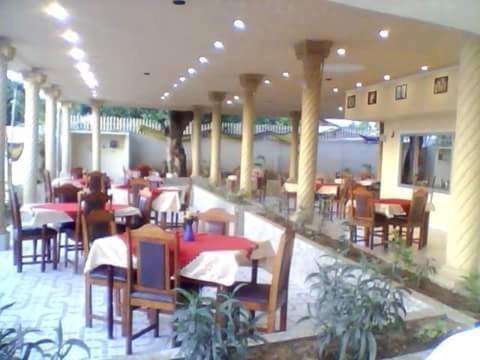 Bina's Inn