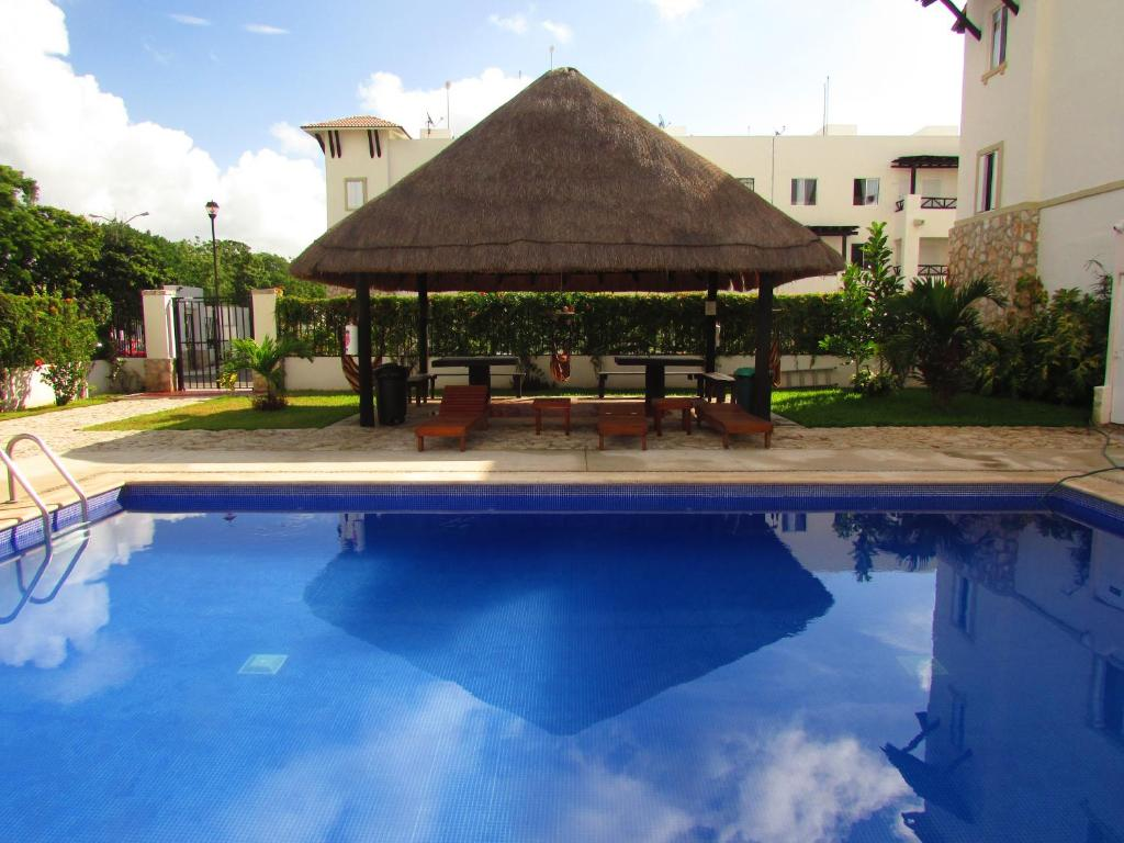 Depto vacacional holiday apartment in real ibiza playa for Actual muebles playa del carmen