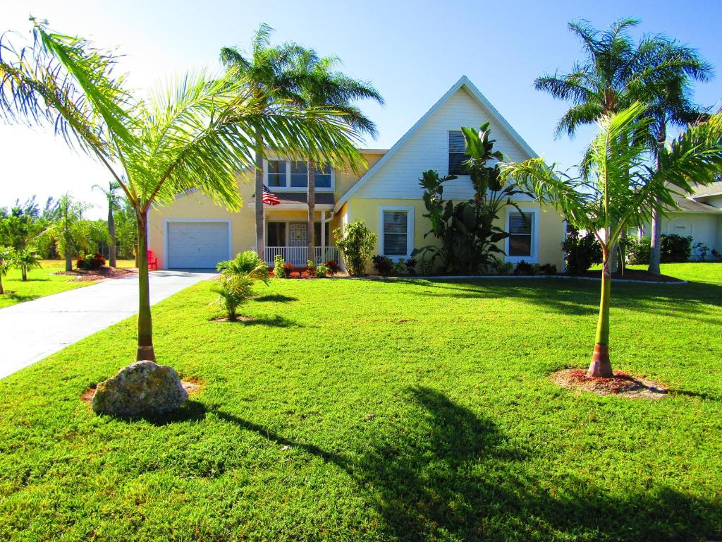 Vacation Home Paradise Place, Cape Coral, FL - Booking.com