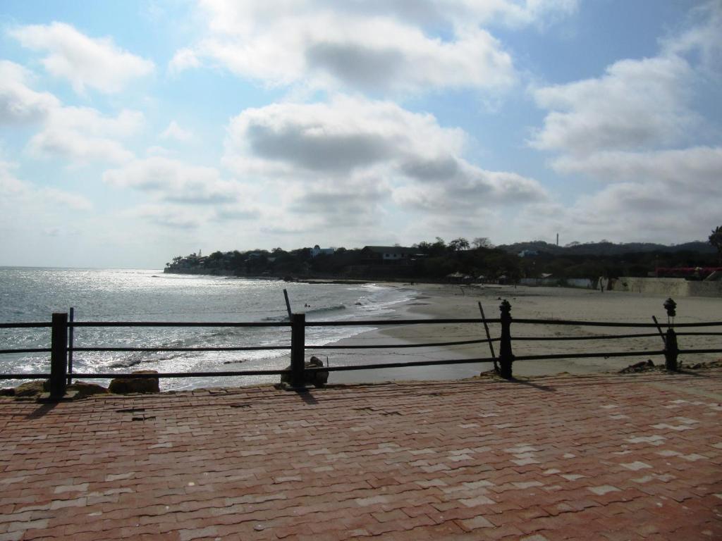 Penthouse de lujo carabelas de col n playas ecuador for Booking hoteles de lujo