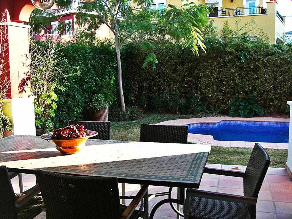 Lujosa villa con piscina privada golfclub espa a torre pacheco - Hotel con piscina privada segovia ...