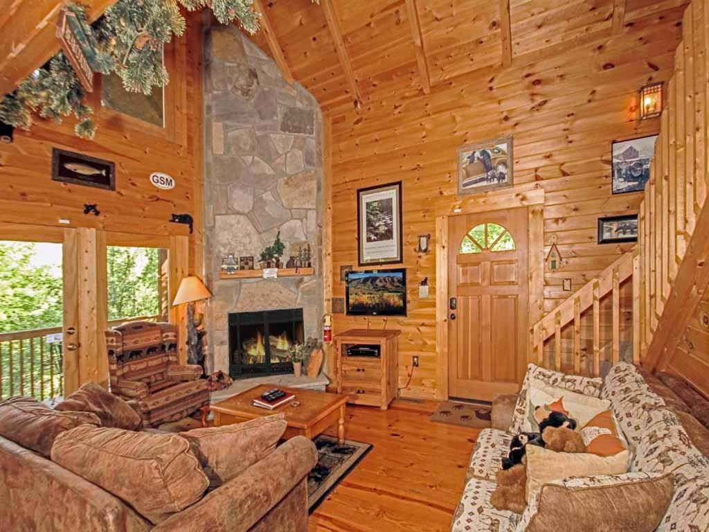 Vacation Home Bear Country Cabin Two Bedroom Home Cartertown Tn