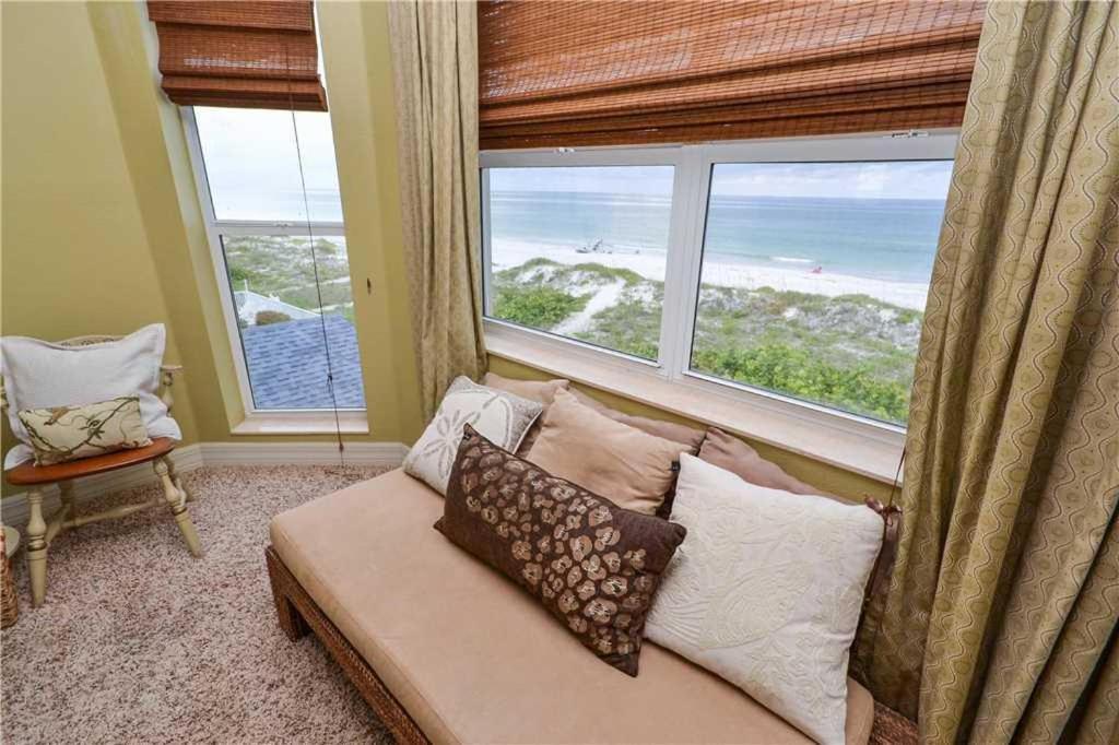 Gulfside Manor Three Bedroom Condo 2 Clearwater Beach Fl