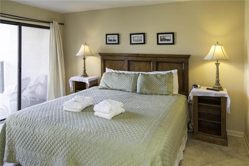 Yacht Club Three Bedroom Condo 7536 Hilton Head Island Sc