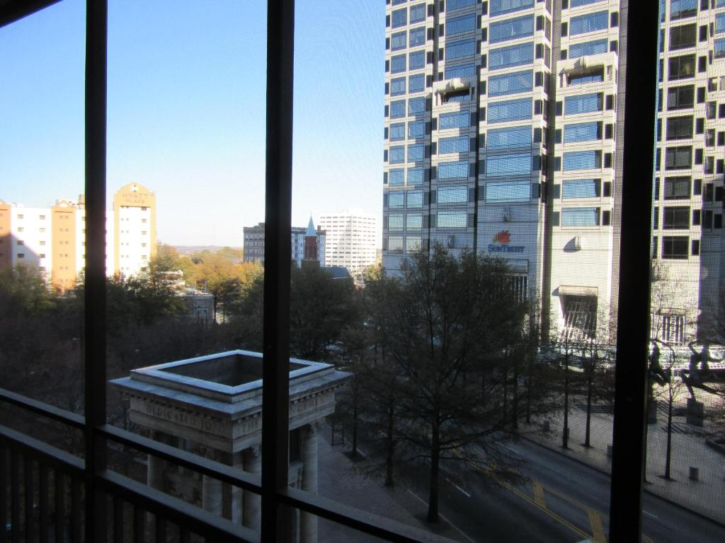 Downtown Peachtree 2 Bedroom Apartment 5i Atlanta Ga