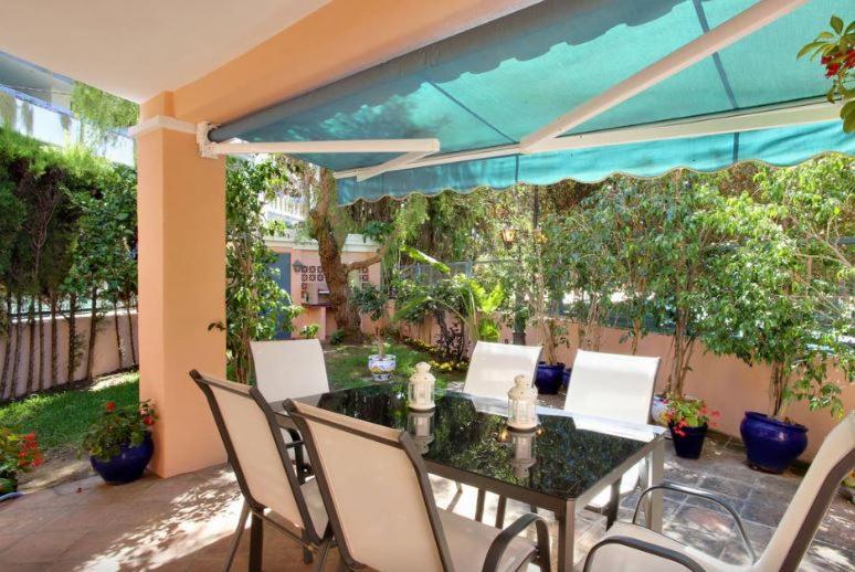 Casa de temporada Casa El Capricho (Espanha Marbella ...