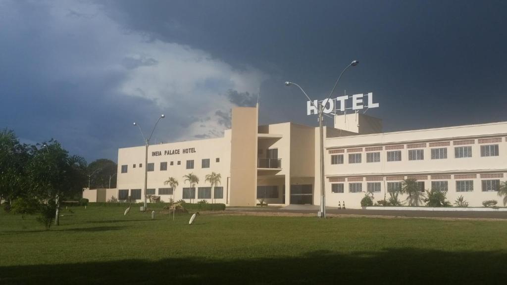 Ineia Palace Hotel