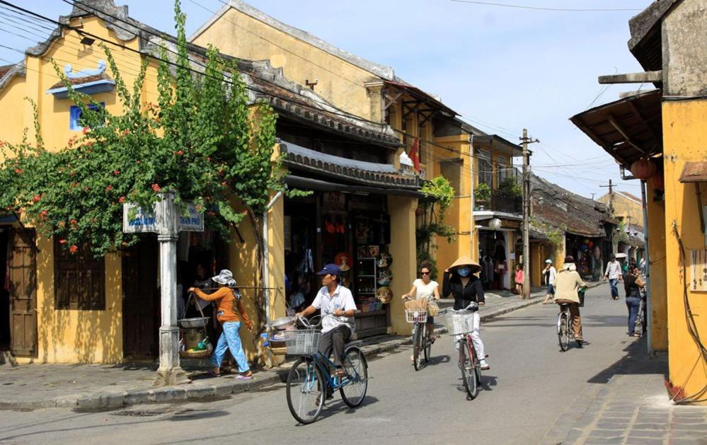 shore excursion hoi an city