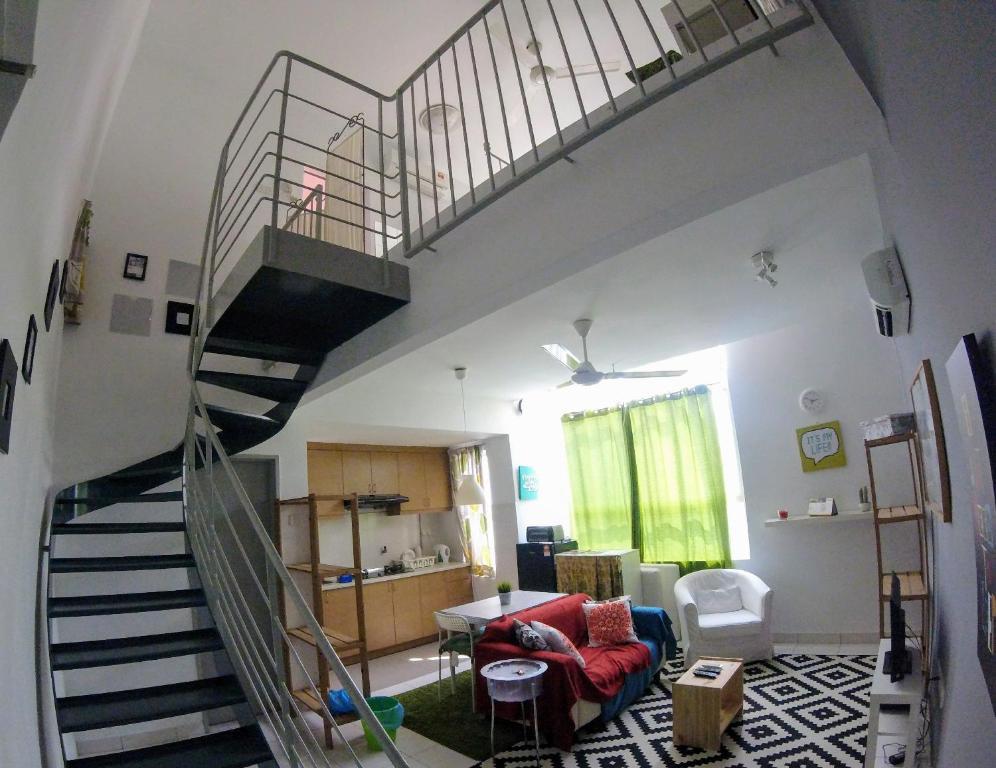 <div data-et-view=NAFQCDCcdXDPdFO:1</div The Domain Apartment