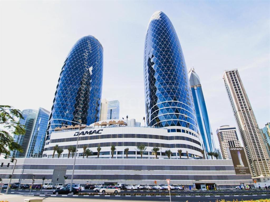 Apartment DAMAC PARK TOWER, Dubai, UAE - Booking.com