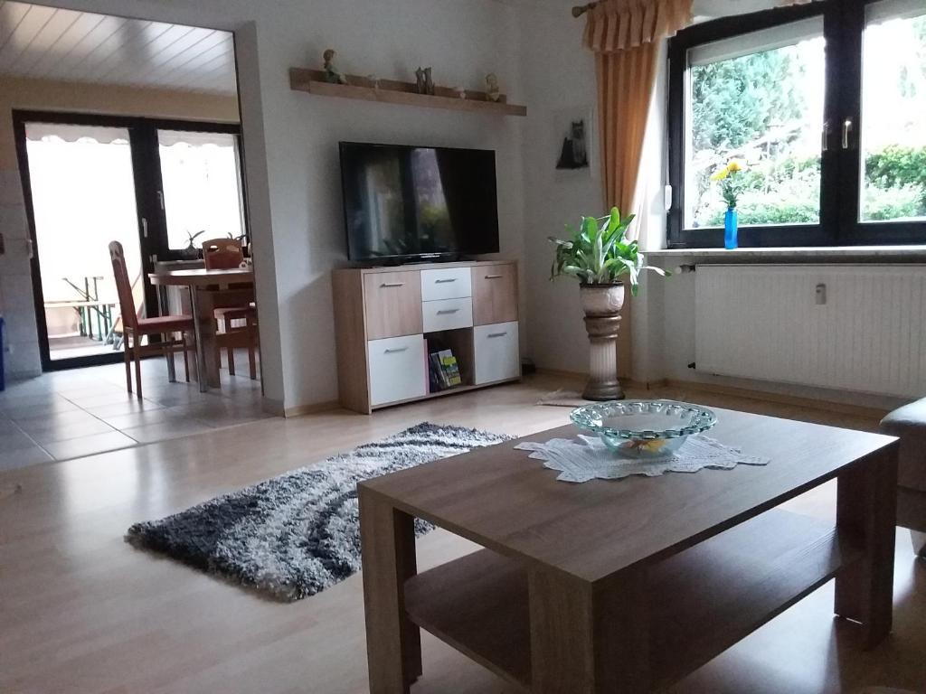 departamento ferienwohnung diester riegelsberg alemania. Black Bedroom Furniture Sets. Home Design Ideas