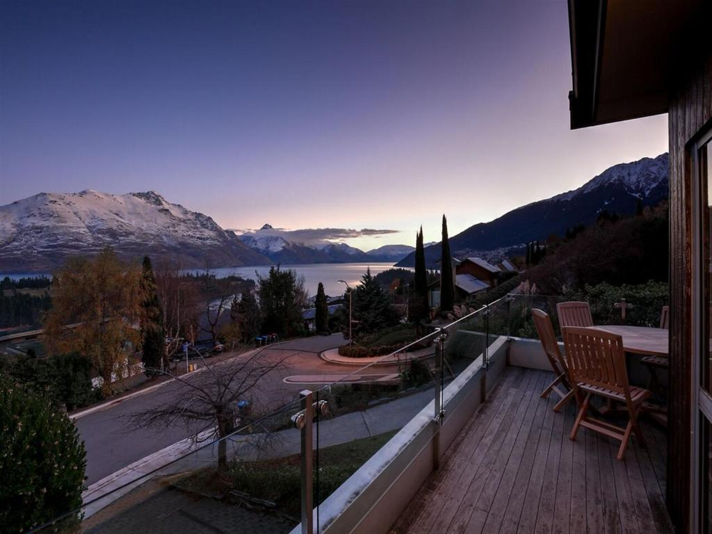 vacation home 44 panorama terrace queenstown new zealand