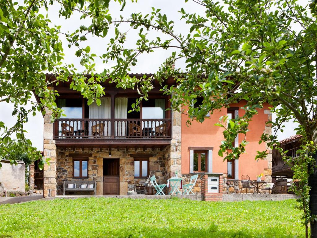 Casa de campo las casitas del viajero delfa espa a torazo - Hoteles casa de campo madrid ...