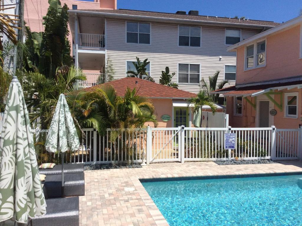Suntiki Cottage Vacation Rentals Ee Uu Clearwater Beach