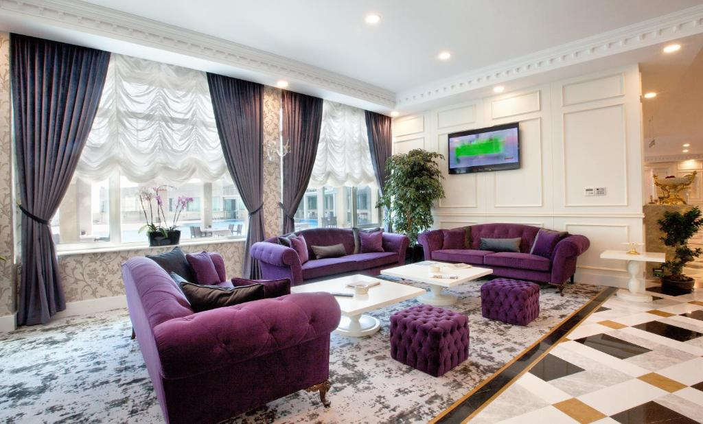 هتل رامادا باکو