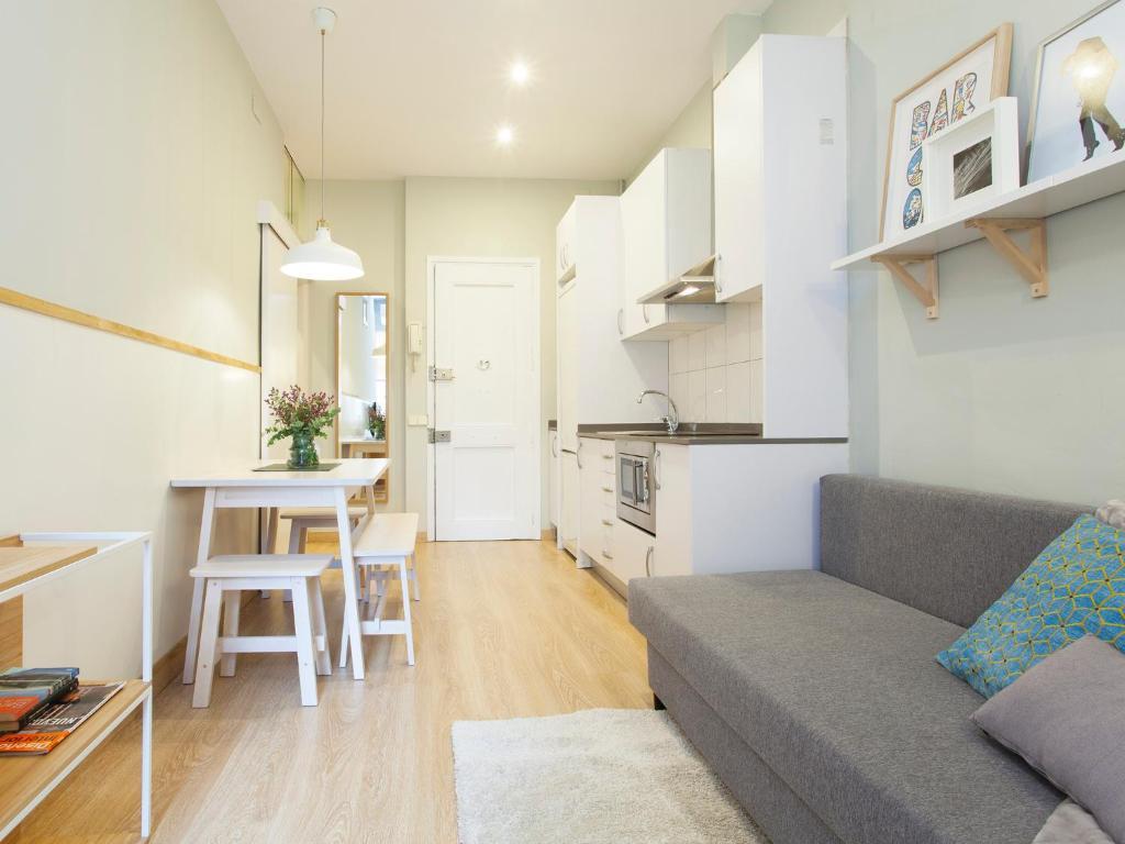 Departamento quiet travessera espa a barcelona for Alojamiento en barcelona espana