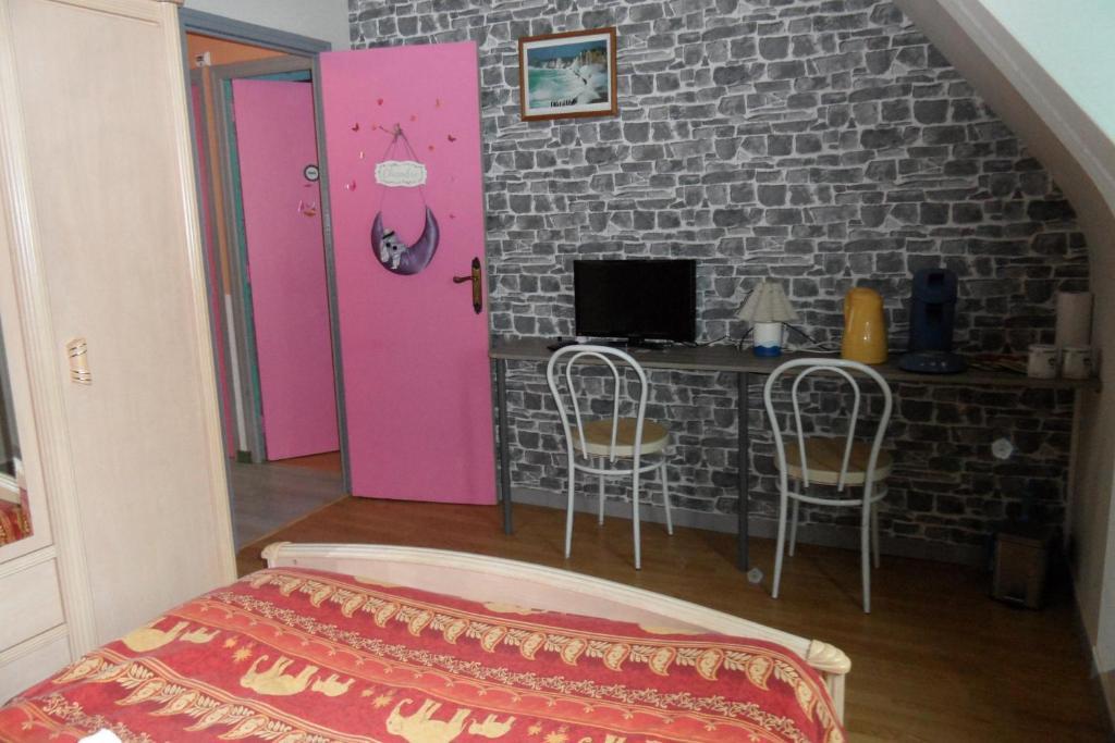 b b baie du mont saint michel hirel france. Black Bedroom Furniture Sets. Home Design Ideas