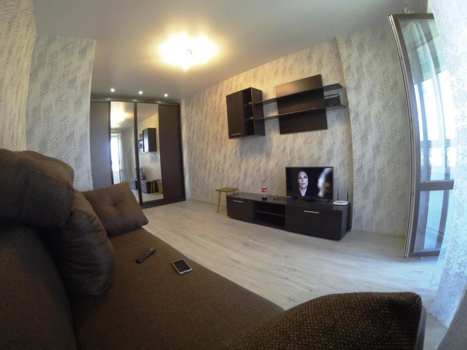 <div data-et-view=NAFQCDCcdXDPdFO:1</div Apartment on Rizhskaya 1A