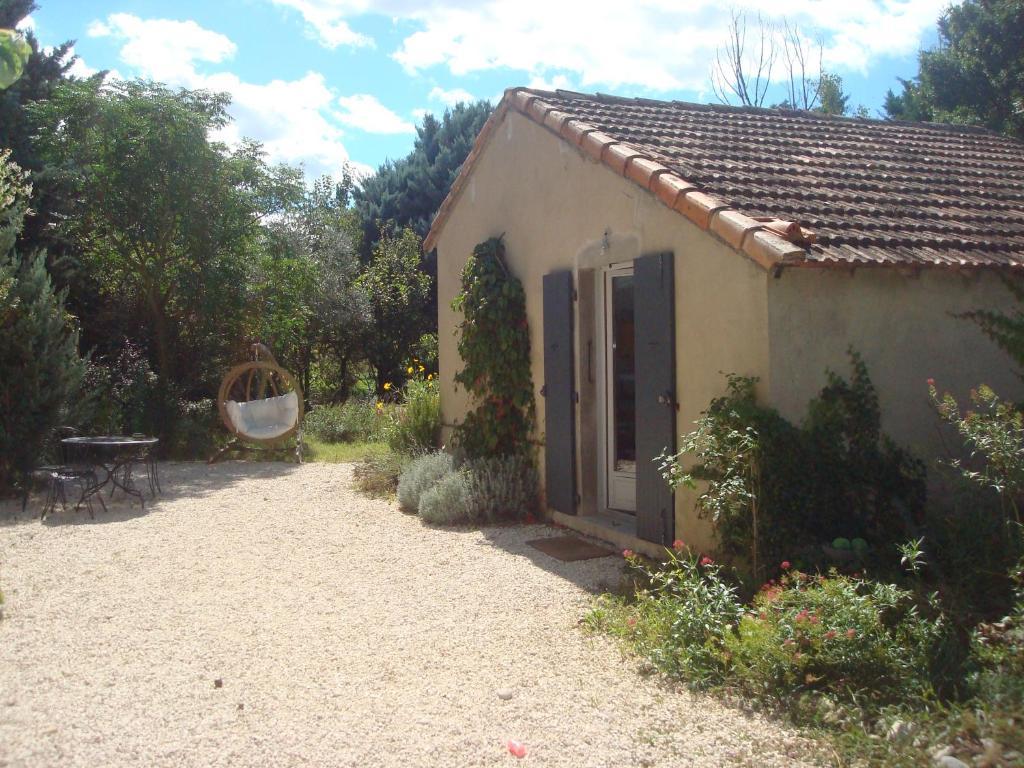 Ferienhaus petite maison et jardin en provence frankreich for Maison et jardin