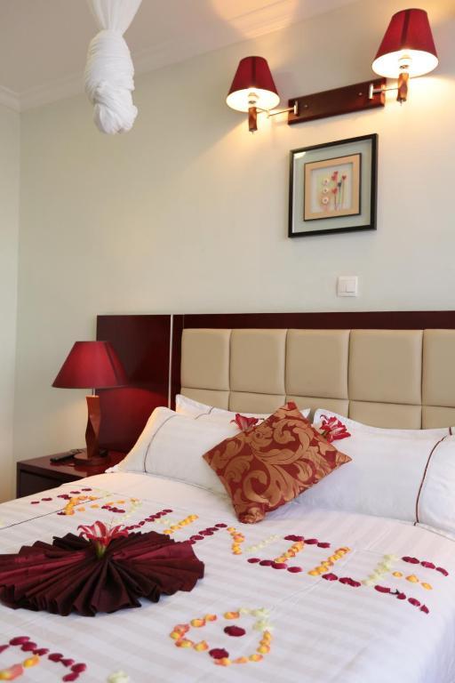 Rahnile Hotel