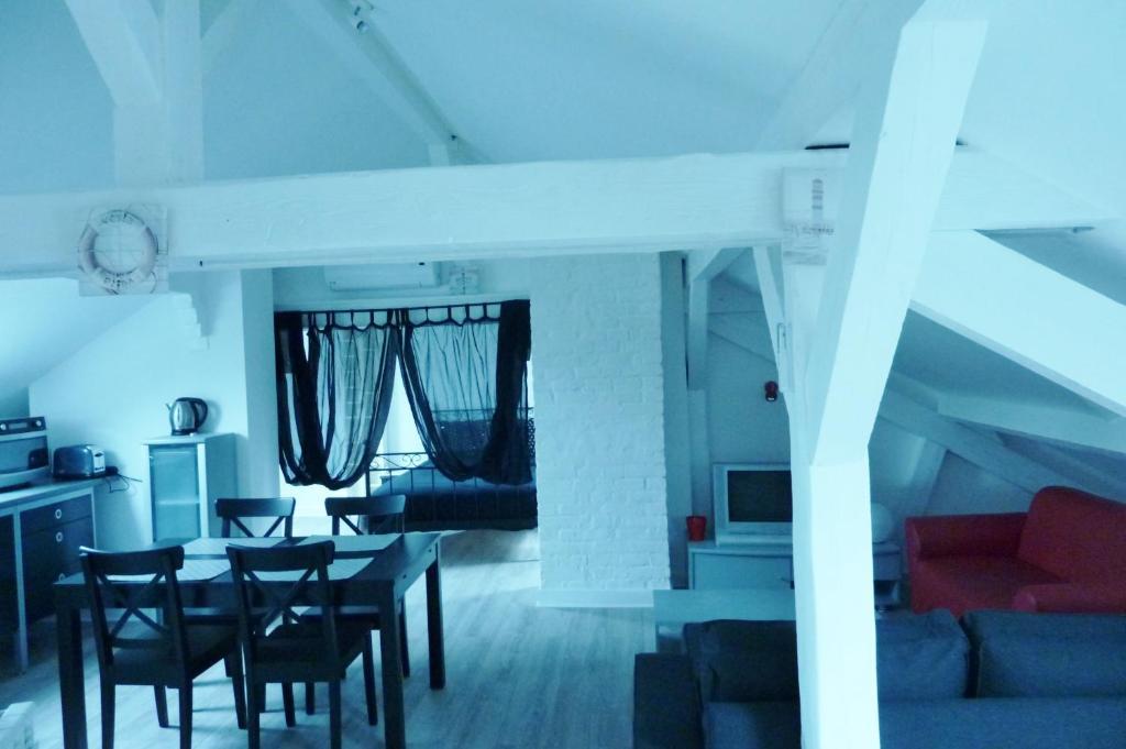 alexandra metz 3 g tes frankreich montigny l s metz. Black Bedroom Furniture Sets. Home Design Ideas