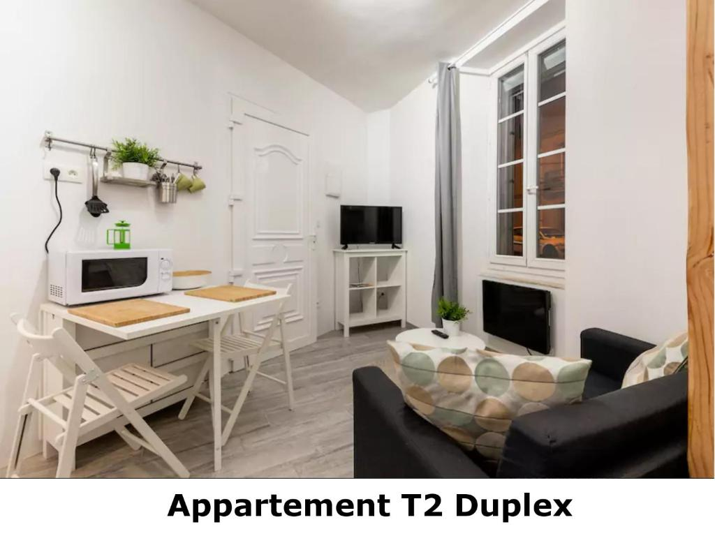 Appartement t2 duplex fran a revel for Appartement design t2