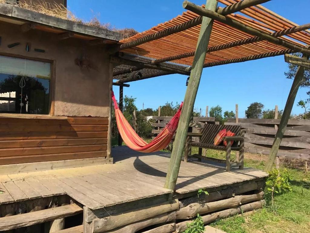 Casa de temporada casas de barro uruguai la pedrera for Booking casas
