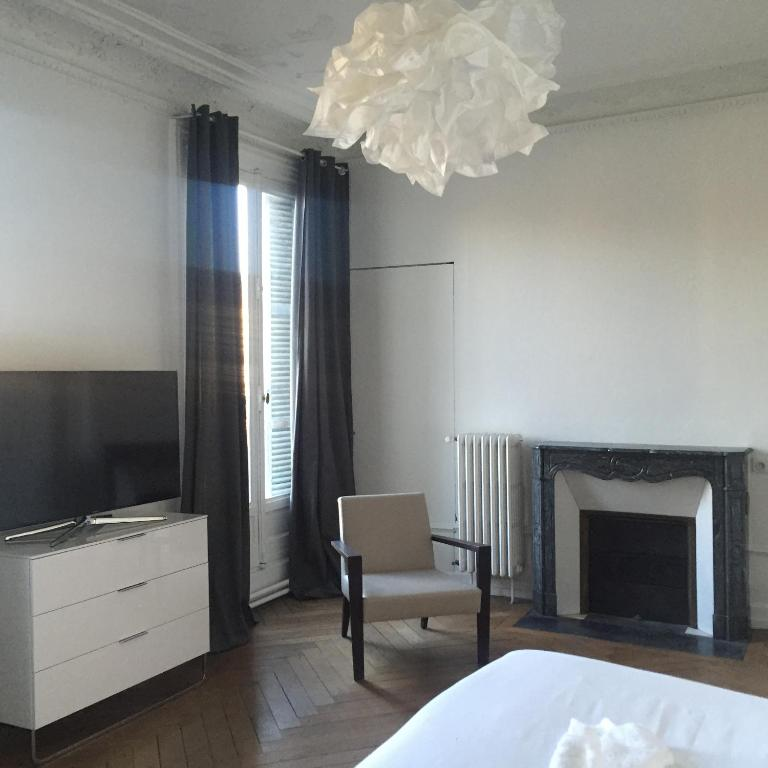 Appartement darcy dijon france for Booking appartement