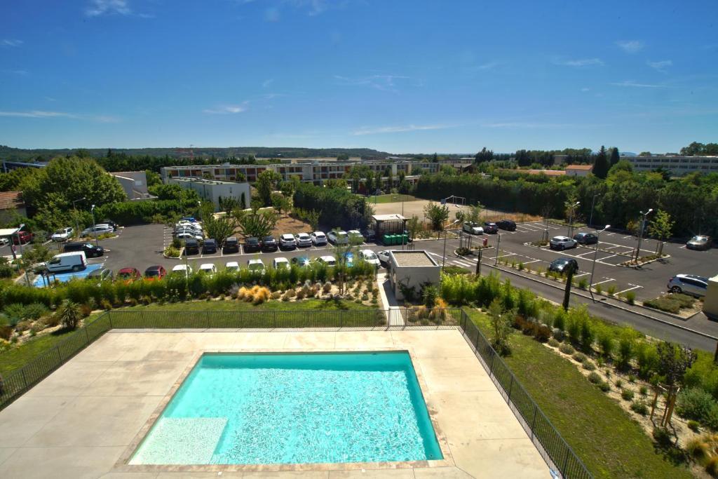 Aparthotel appart avignon campus francia montfavet for Appart city avignon