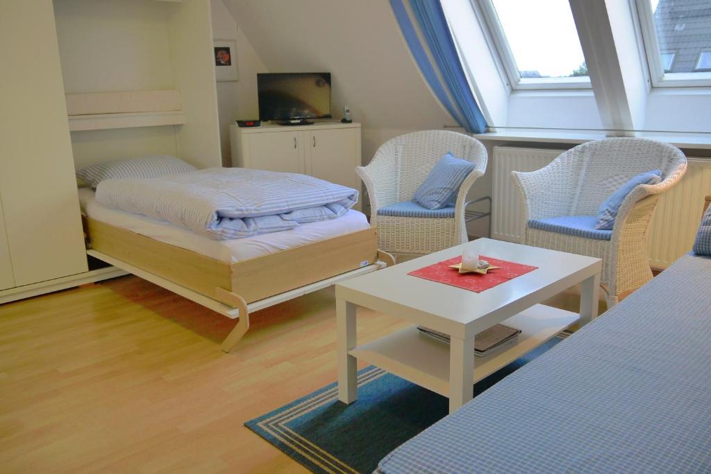 apartamento ferienwohnung h hnel alemanha westerland. Black Bedroom Furniture Sets. Home Design Ideas